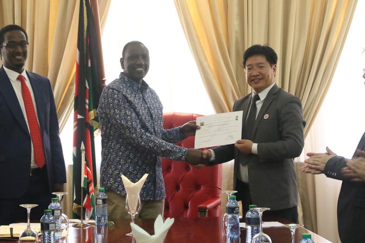 鲁托副总统会见肯尼亚中