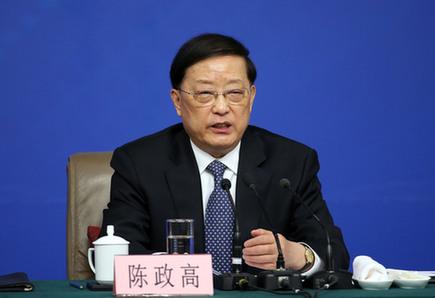 住建部部长陈政高:对中国房地产市场平稳健康发展有信心