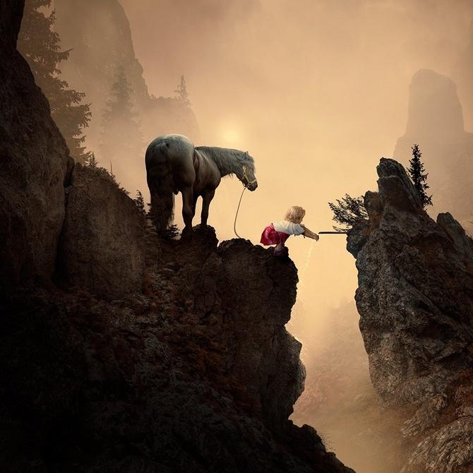 摄影师超现实主义作品 描绘奇幻童话世界