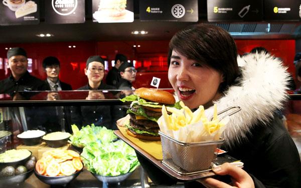 麦当劳开大陆首家未来智慧概念餐厅