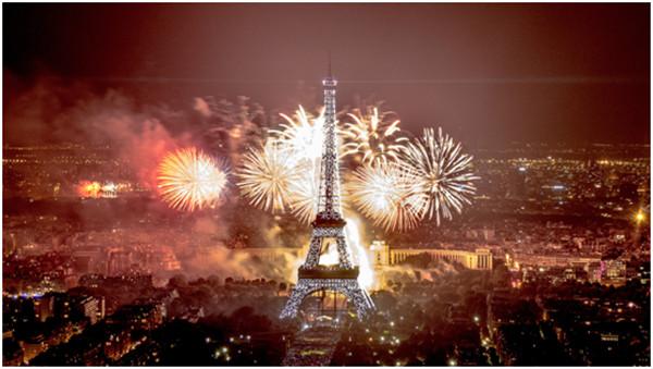 庹燕南 实习记者 王天妍)巴黎埃菲尔铁塔作为法国的地标性建筑,不仅仅