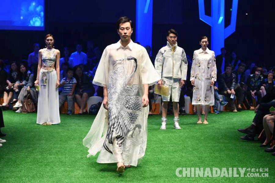 新锐丝绸服装亮相中国丝绸服装设计大赛 你们喜欢吗?
