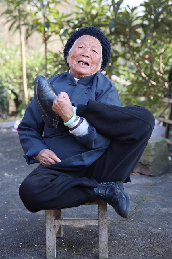 高手在民間:94歲功夫奶奶成網紅