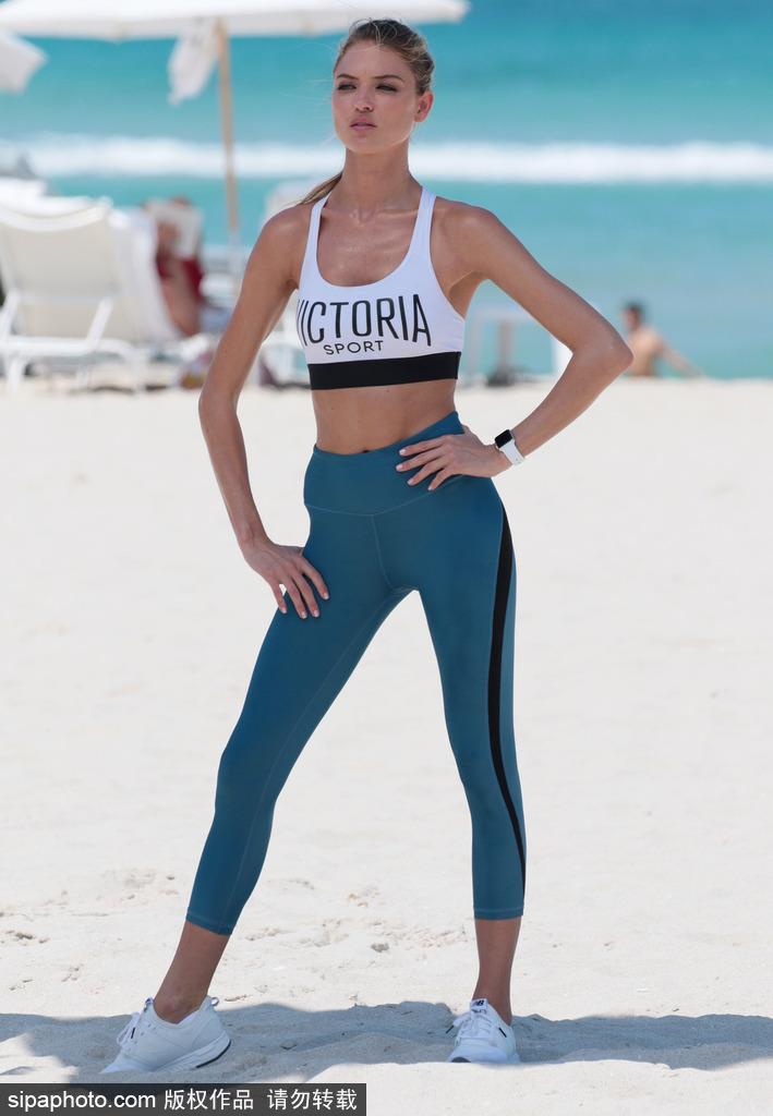 维秘超模拍摄运动大片阳光沙滩大秀美好肉体