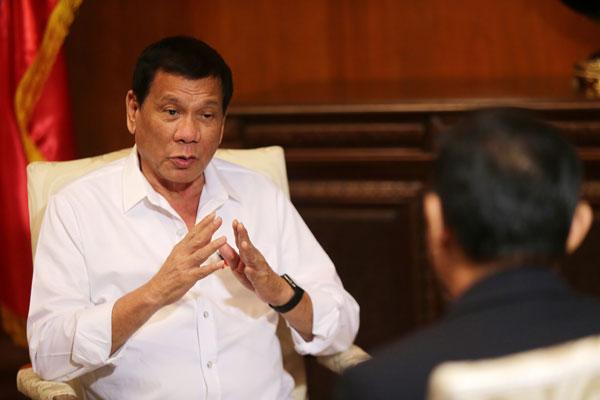 评论:菲律宾对美态度改变,迎来中菲关系回暖
