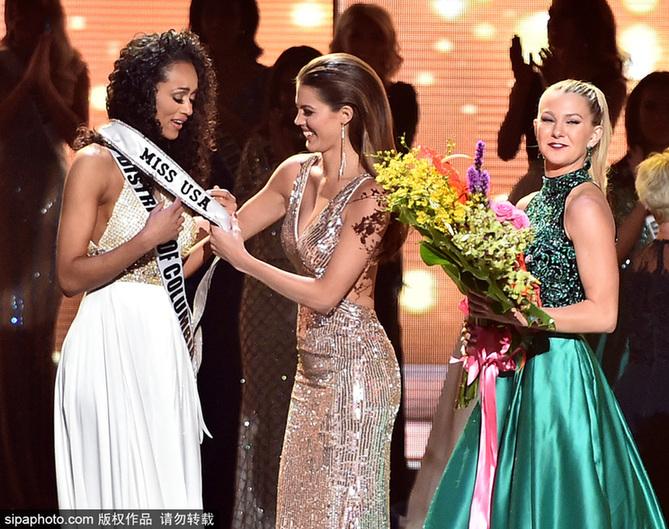 2017美国小姐出炉 哥伦比亚区小姐夺冠泪洒现场