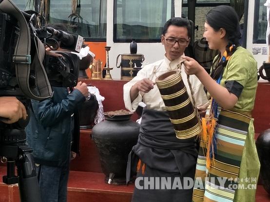西藏琼结强钦青稞酒文化节开幕
