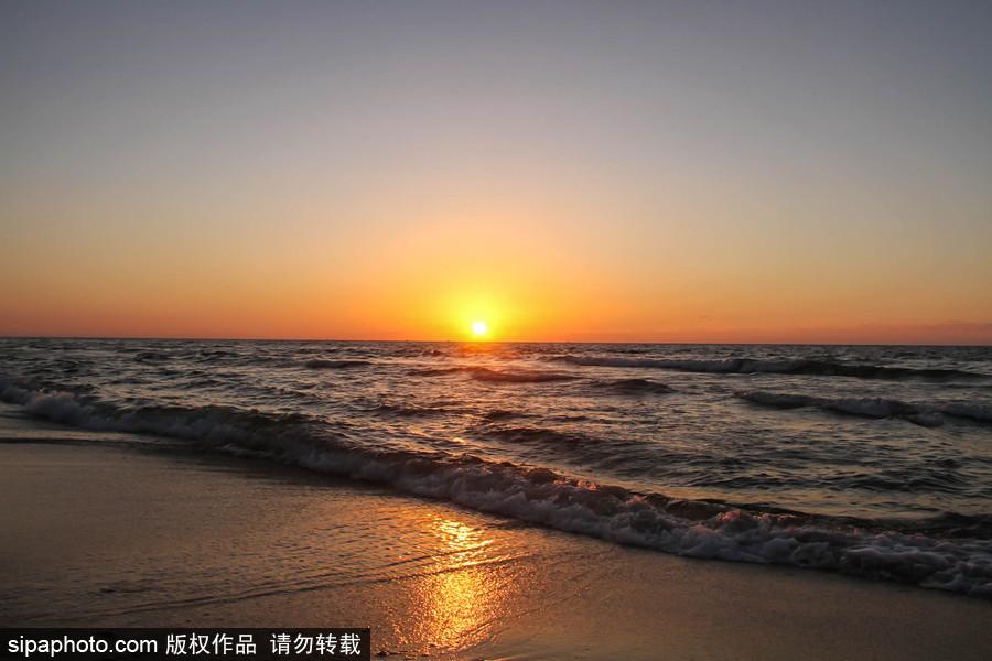 夕阳西下 加沙海边日落美景